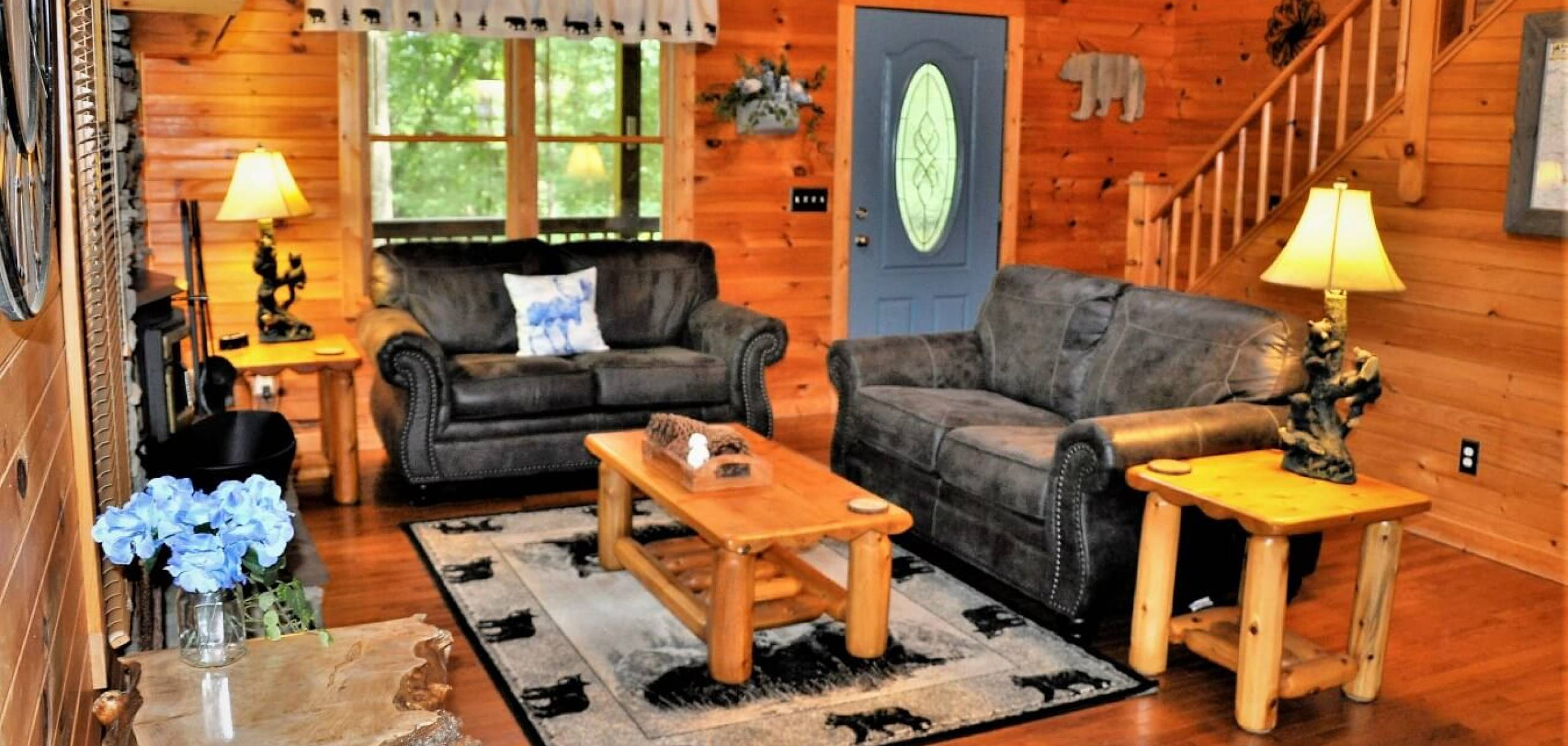 Bear View Cabin Living Room